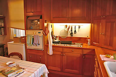 04kitchenAug09SMALL