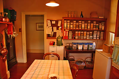 05kitchenAug09SMALL