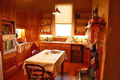 02kitchenAug09SMALL